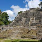 Sur les traces du peuple Maya